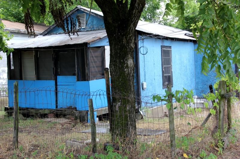 Blue House, Hughes