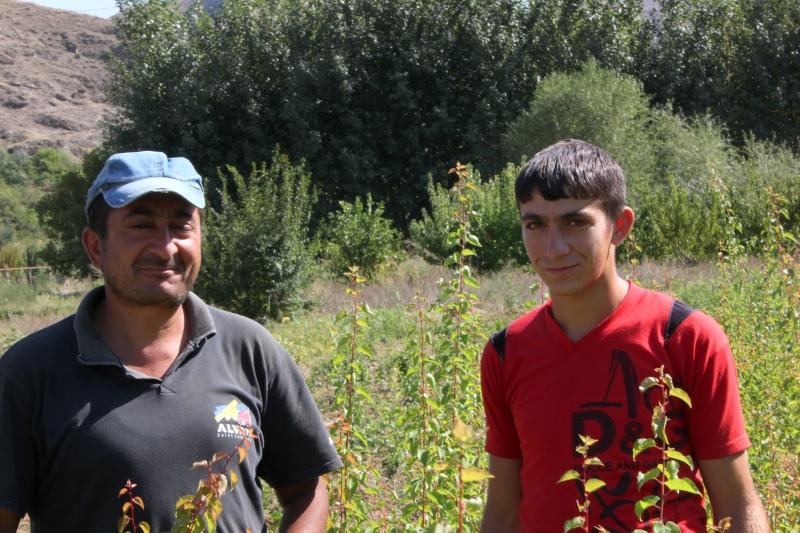 Aram & Nairi Hakobyan