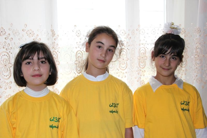 The sweet faces of the future of Armenia