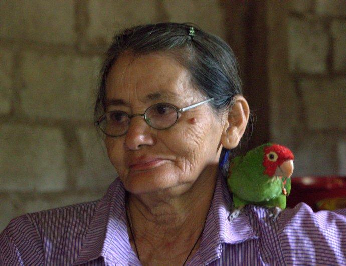 Rosanna & parrot